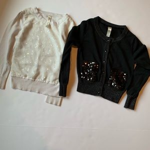 Two Cherokee sweaters sz S (6)